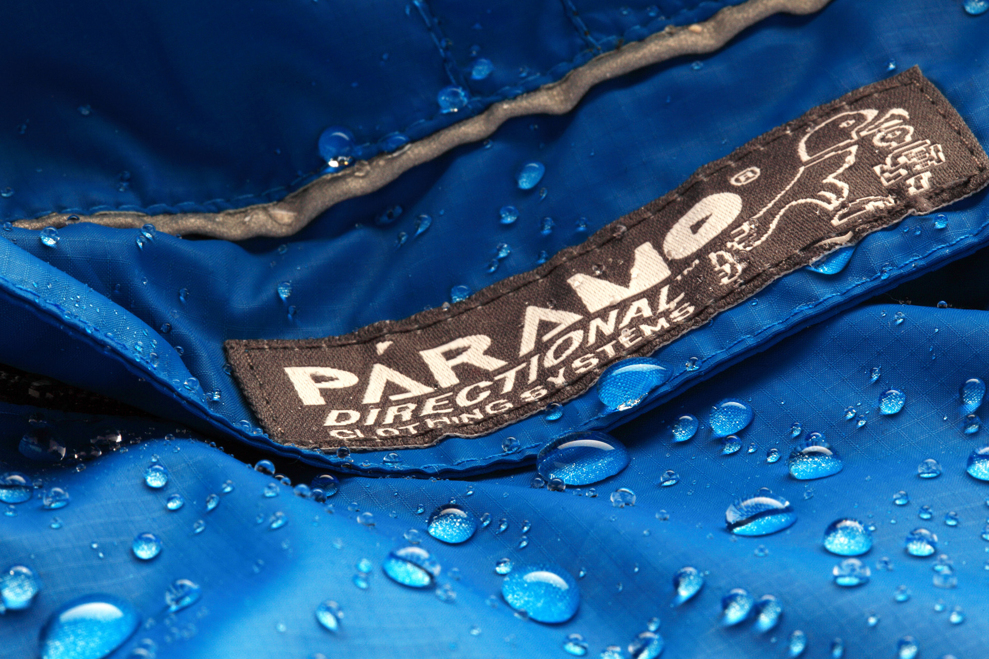 Páramo garments use the Nikwax Analogy waterproof fabric system